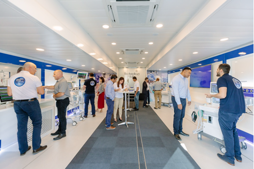 Dräger roadshow truck's hospital innovations